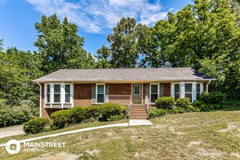 316 41St Ave NE 3 Beds House for Rent Photo Gallery 1