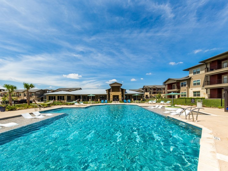 Swimming Oool Design at Legacy Creekside, Texas, 78245