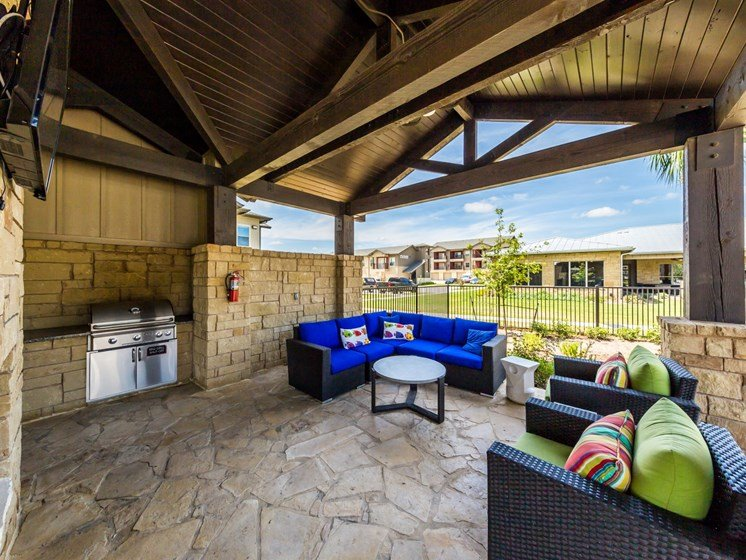 Rooftop With Sofa at Legacy Creekside, San Antonio, TX