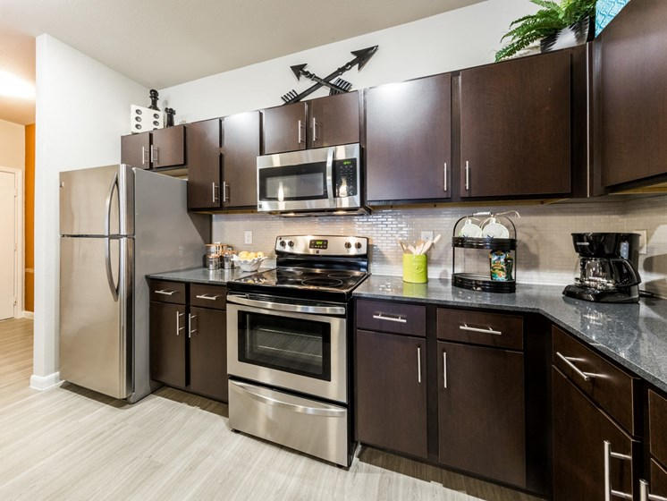 Stainless Steel Appliances at Legacy Creekside, San Antonio, Texas