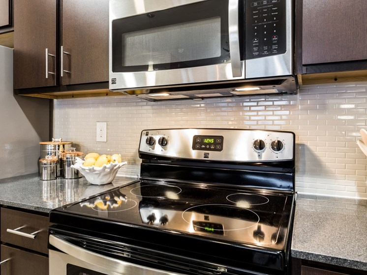Modern Kitchen With Stainless Steel Appliances at Legacy Creekside, San Antonio