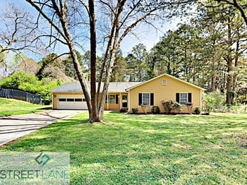4032 Wrexham Drive SW 3 Beds House for Rent Photo Gallery 1
