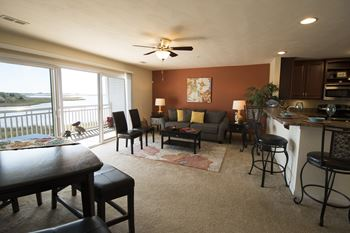 117B Atlantic Ave 2-3 Beds Apartment for Rent Photo Gallery 1