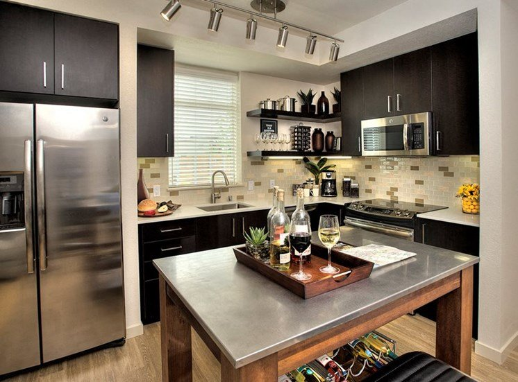 Apartments Santa Rosa-Annadel Apartments Kitchen with Stainless Steel Appliances and Large Island
