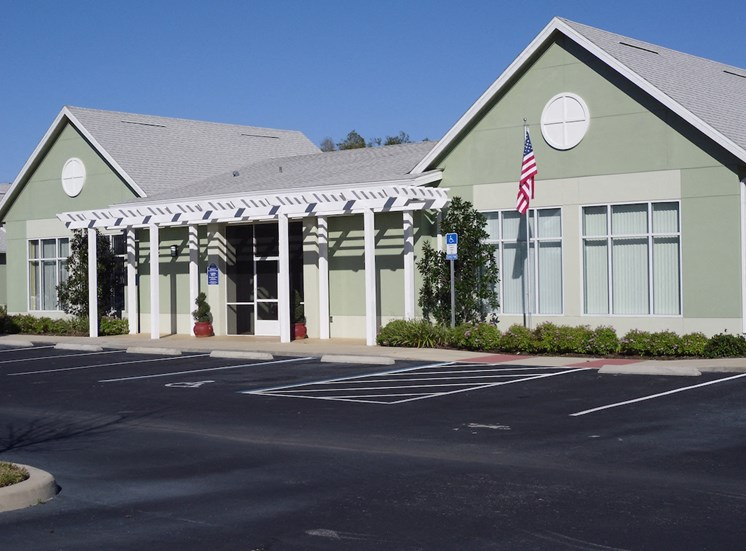 St. Anthony Garden Court apartments in St. Cloud, FL welcoming community