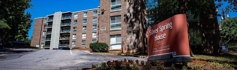 Silver Spring House Apartments Entrance