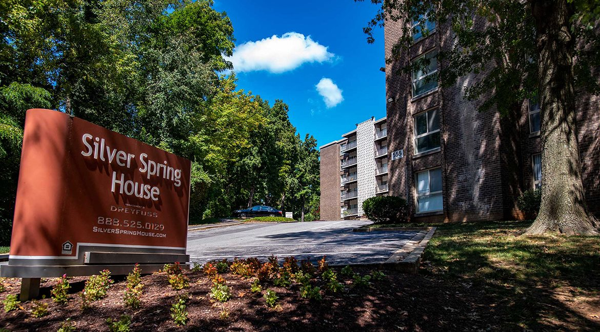 Silver Spring House Apartments Signage