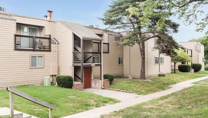 Best apartments at Grant 79 Apartments in Overland Park, KS