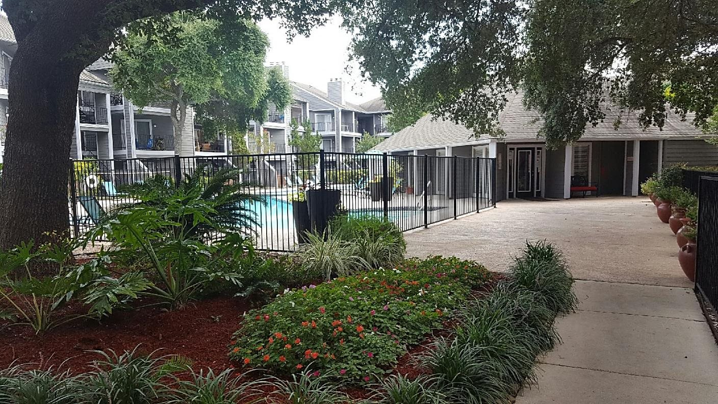Doral Club Apartments San Antonio Tx