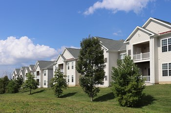 1500 High Pointe Drive 1-3 Beds Apartment for Rent Photo Gallery 1