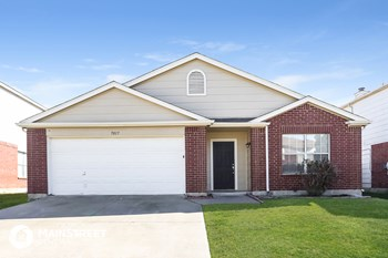 7017 Glenshire Dr 4 Beds House for Rent Photo Gallery 1