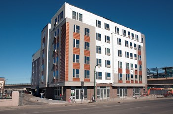 2220 East Lake Street 1-2 Beds Apartment for Rent Photo Gallery 1