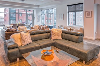 184 Summer Street Studio Apartment for Rent Photo Gallery 1