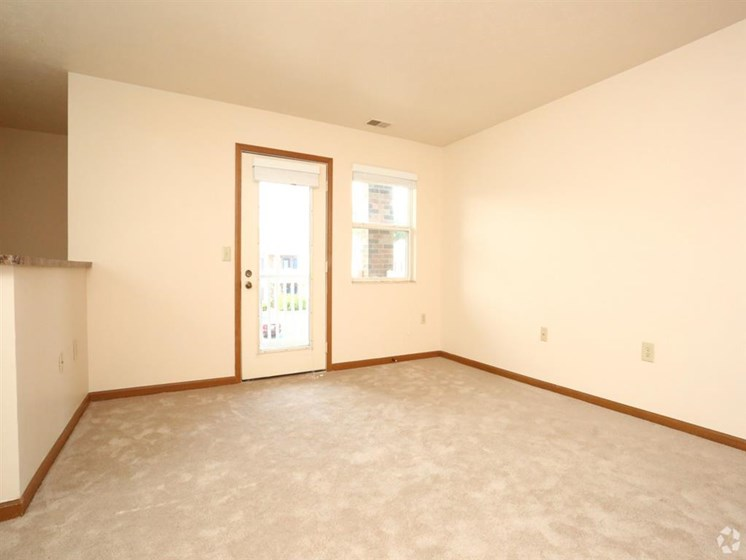 apartment interior door_Lakestone Apartments, Ann Arbor, MI