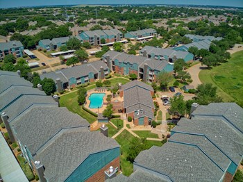 2502 Burney Oaks Ln 1-2 Beds Apartment for Rent Photo Gallery 1