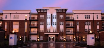 2350 Sawmill Place Boulevard 1-2 Beds Apartment for Rent Photo Gallery 1