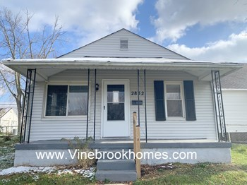 2832 Holman St 2 Beds House for Rent Photo Gallery 1