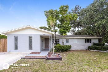 8975 91ST ST 4 Beds House for Rent Photo Gallery 1