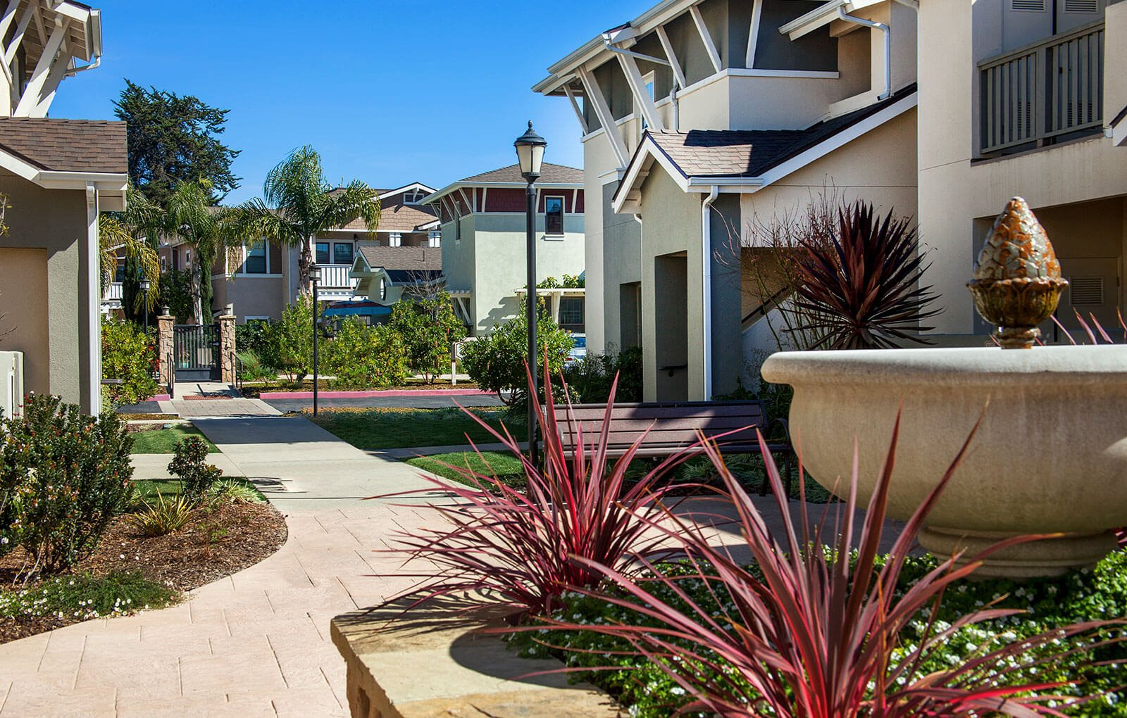 Walking trails, at Ralston Courtyard Apartments, Ventura, 93003
