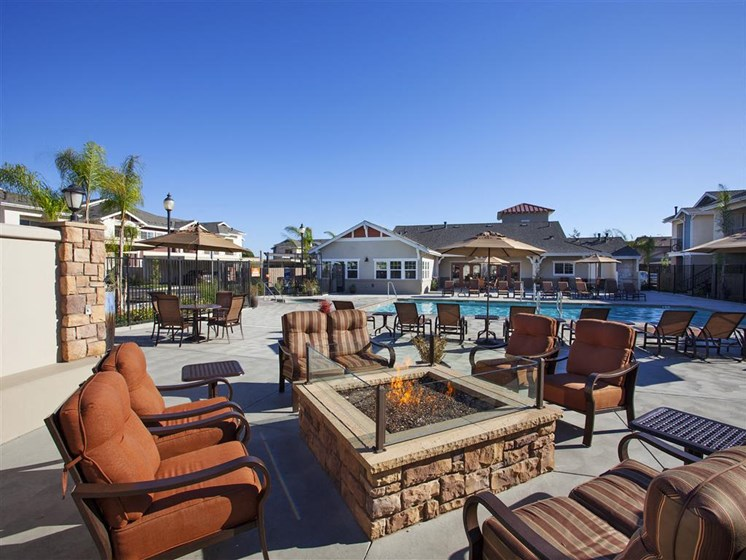 Poolside Cabana With BBQ, at Siena Apartments, California