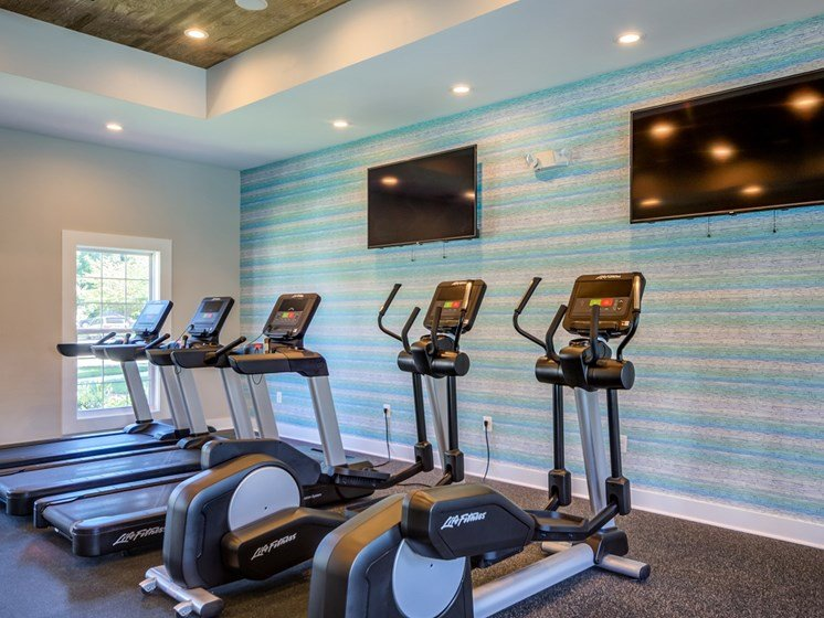 Reserve at Town Center fitness center.