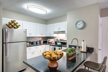 5115 Woodmere Drive 1-2 Beds Apartment for Rent Photo Gallery 1