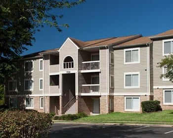 7525 Woodside Lane 1-3 Beds Apartment for Rent Photo Gallery 1