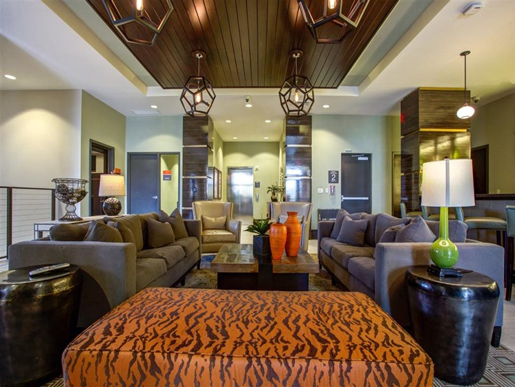 Lobby with modern furniture in plantation florida apartments