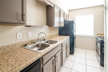 1857 Atwood Dr 2 Beds Apartment for Rent Photo Gallery 1