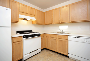 1718 W 55Th Ave 1-2 Beds Apartment for Rent Photo Gallery 1