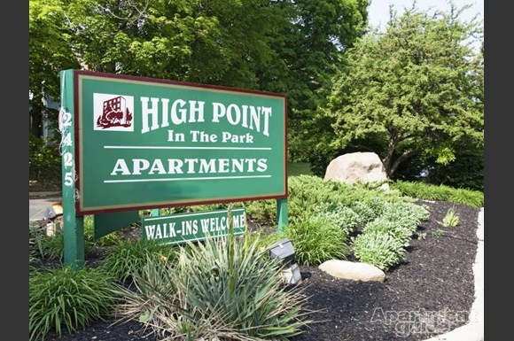 High Point In The Park Apartments