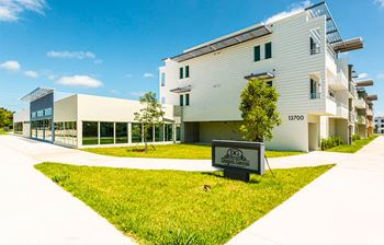 13710 SW 256th Street 1-3 Beds Apartment for Rent Photo Gallery 1