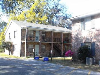 2B WATERFORD PLACE APARTMENTS 2 Beds Apartment for Rent Photo Gallery 1