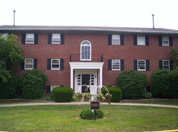1817 Chester Boulevard 1-3 Beds Apartment for Rent Photo Gallery 1