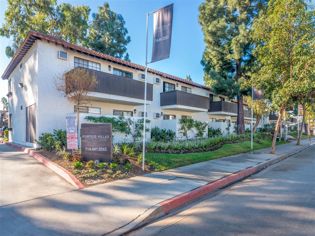 Apartments in downtown Fullerton CA