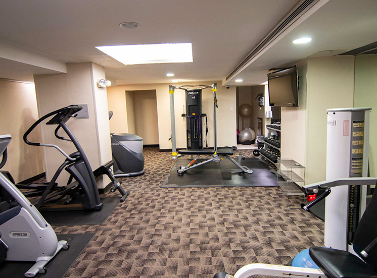 2112 New Hampshire Ave Apartments Fitness Center 03
