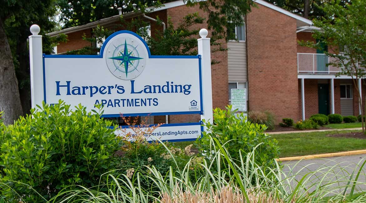 Harpers Landing Apartments Signage