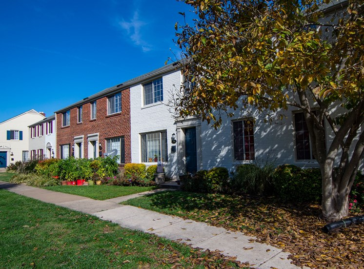 Brookville Townhomes Exterior 40