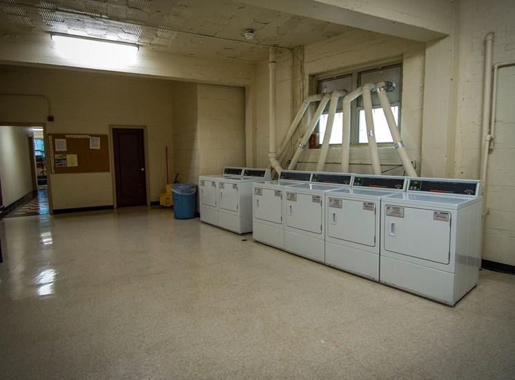 Capital Plaza Apartments Laundry 01
