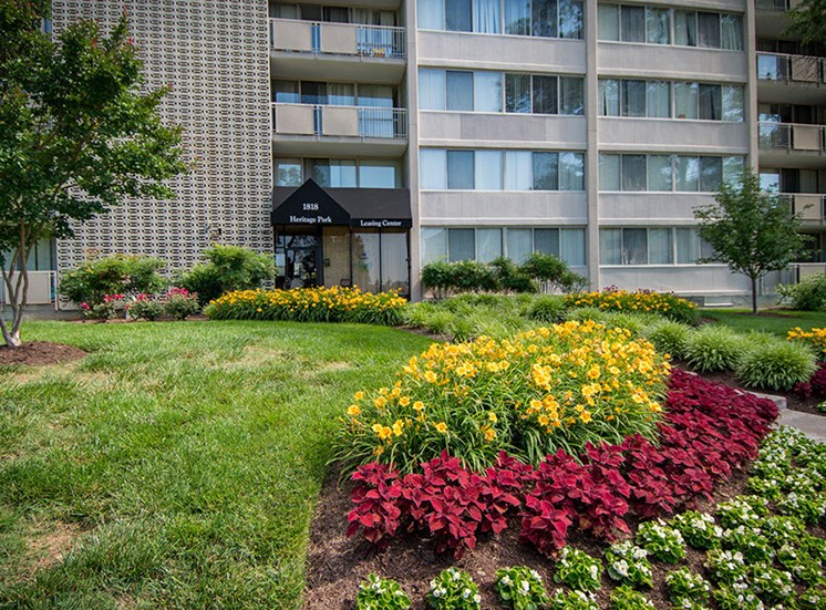 Heritage Park Apartments Landscaping