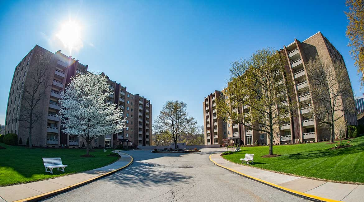 Laurel Village Apartments
