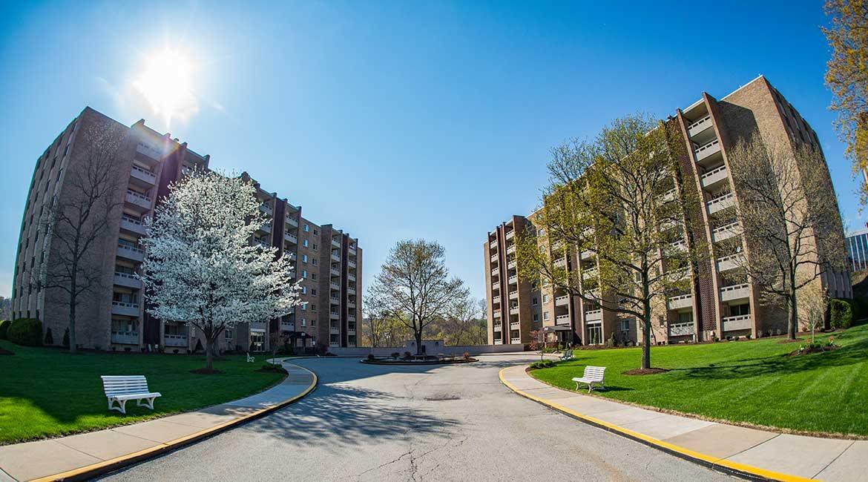 Laurel Village Apartments