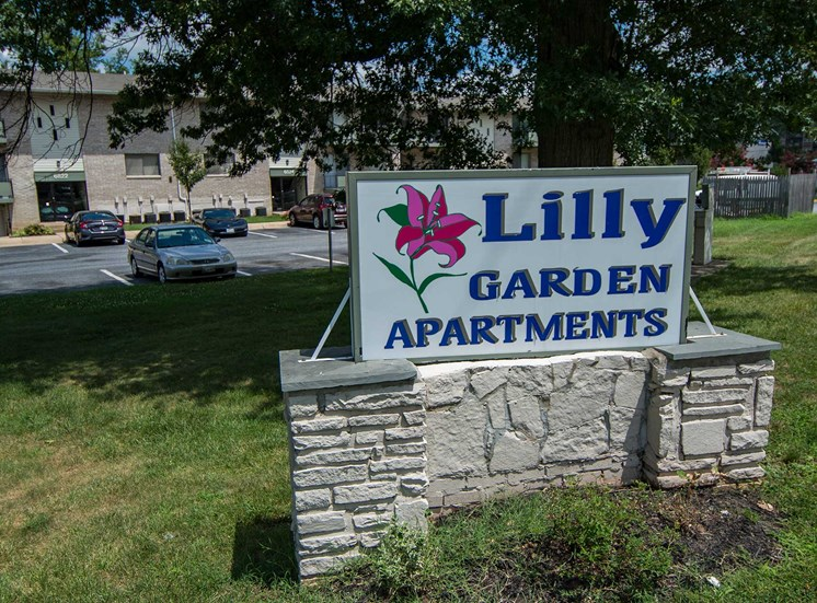 Lilly Garden Apartments Building Signage 13