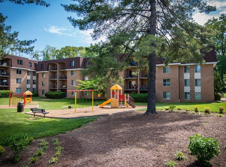 Oakton Park Apartments Playground 14