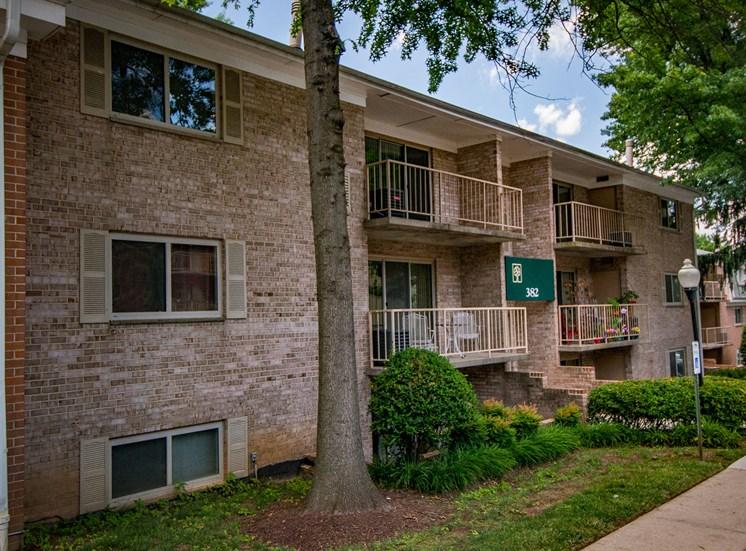 Spring Ridge Apartments Building Exterior 13