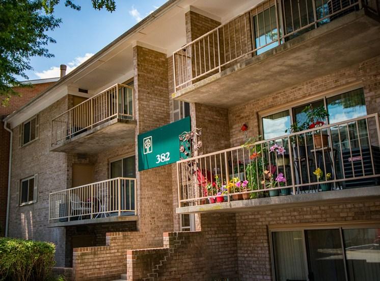 Spring Ridge Apartments Building Exterior 17