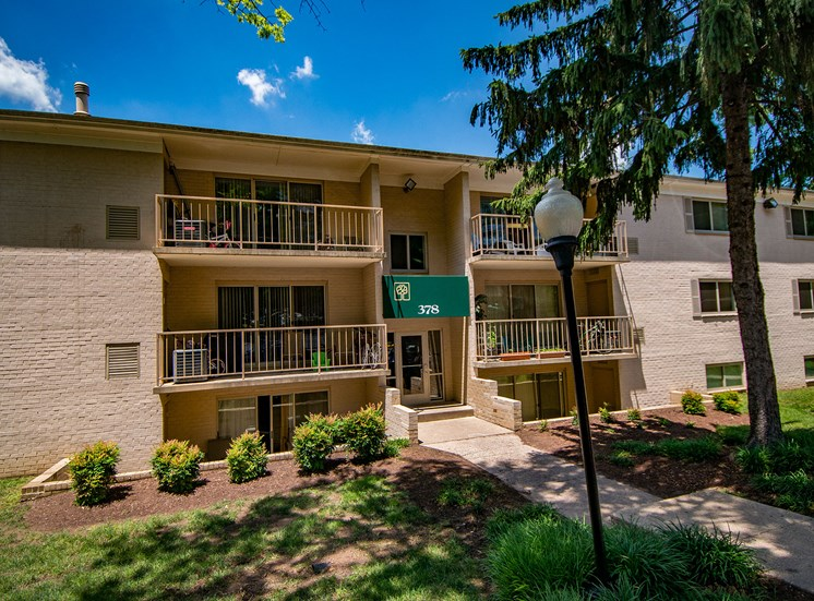 Spring Ridge Apartments Building Exterior 28