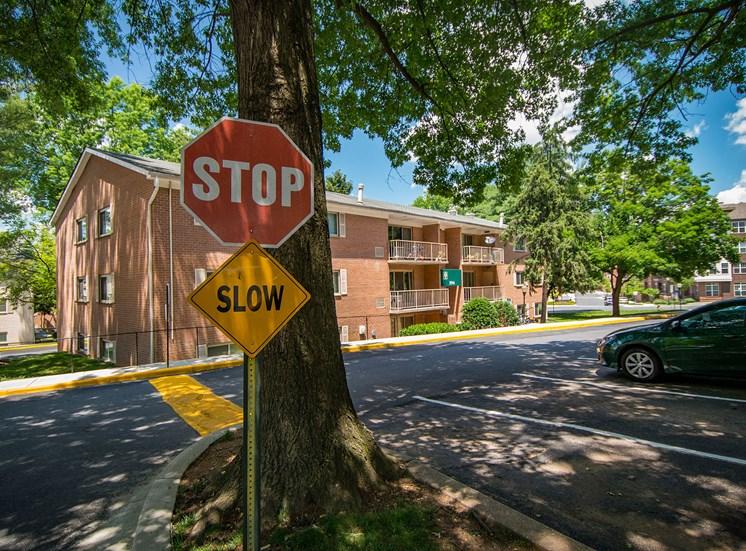 Spring Ridge Apartments Building Signage