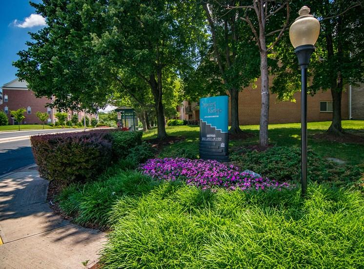 Spring Ridge Apartments Signage 10