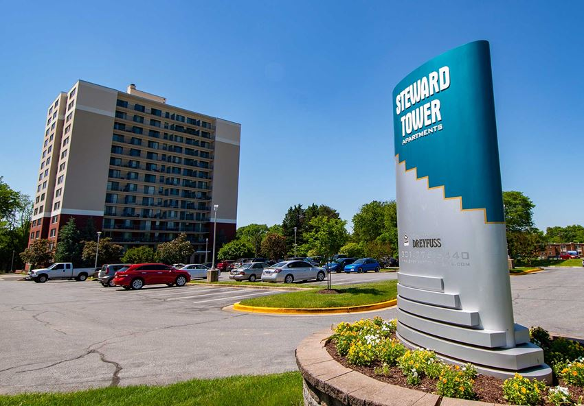 Steward Tower Apartments Signage